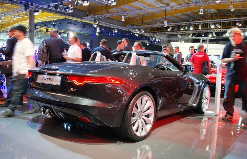 If we could take just one car away with us from the show, it would have to be the gorgeous new Jaguar F-Type.