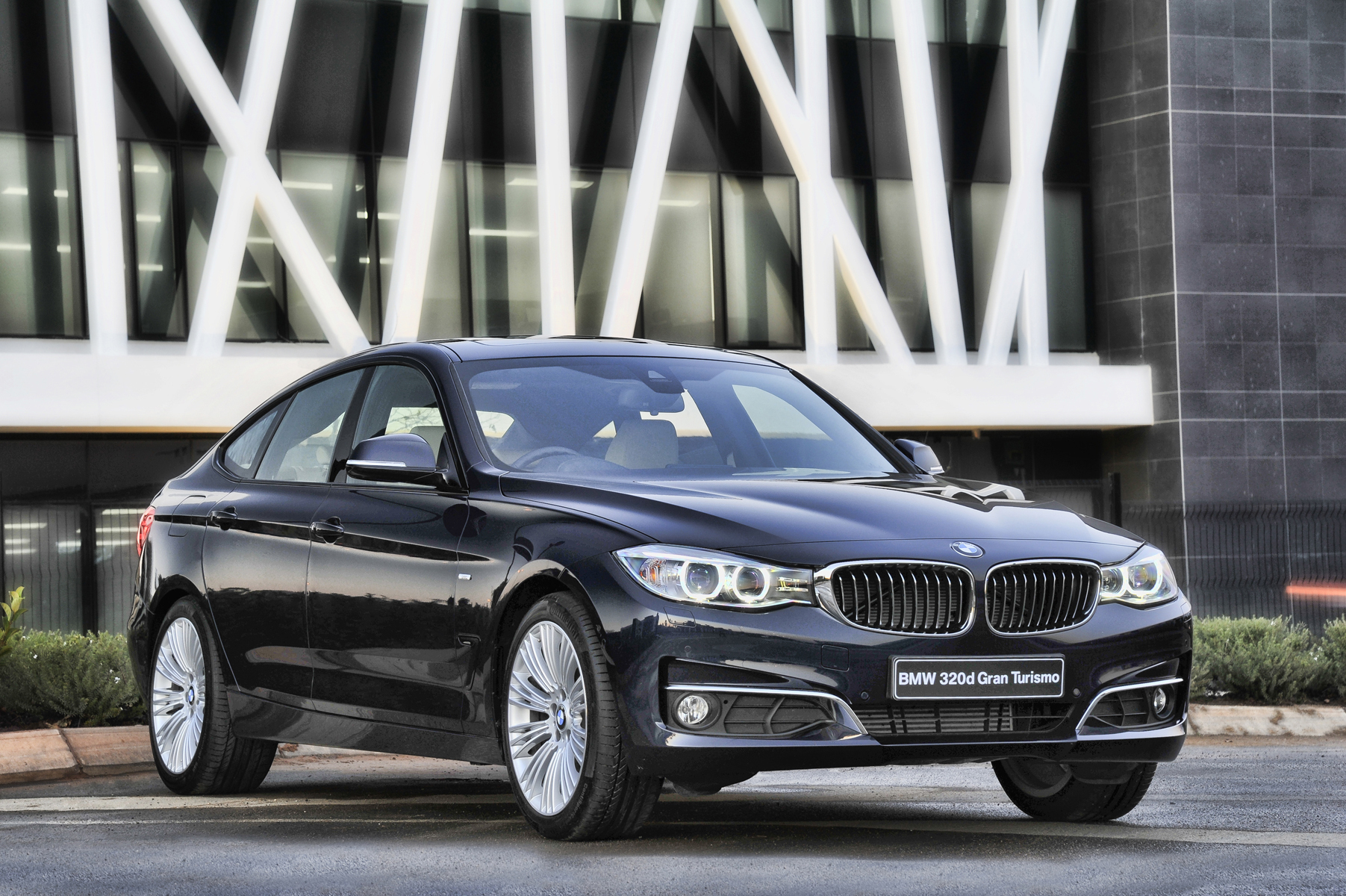 bmw gran turismo 320d news of the week bizmotoring thegandra naidoo. Black Bedroom Furniture Sets. Home Design Ideas