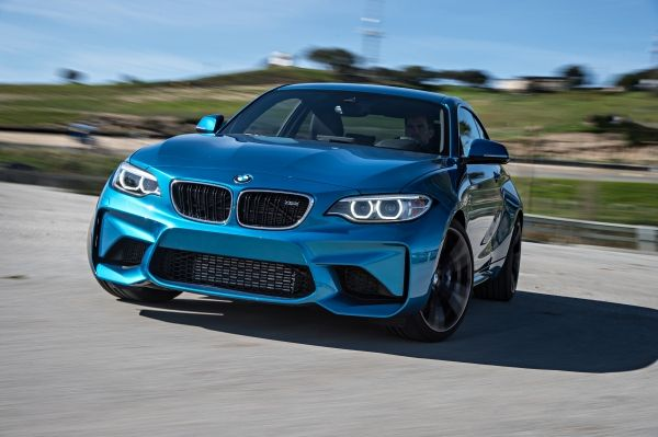 p90210241_lowres_the-new-bmw-m2-coupe