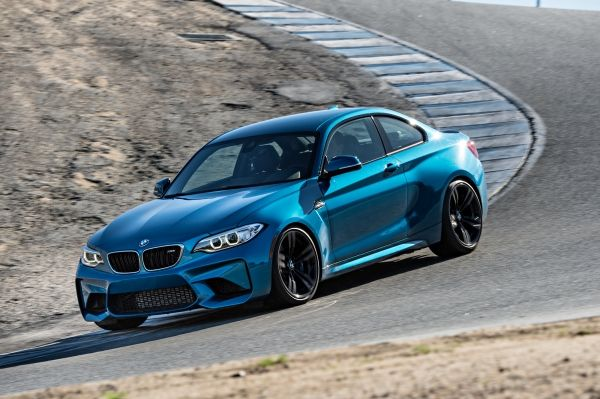 p90210249_lowres_the-new-bmw-m2-coupe