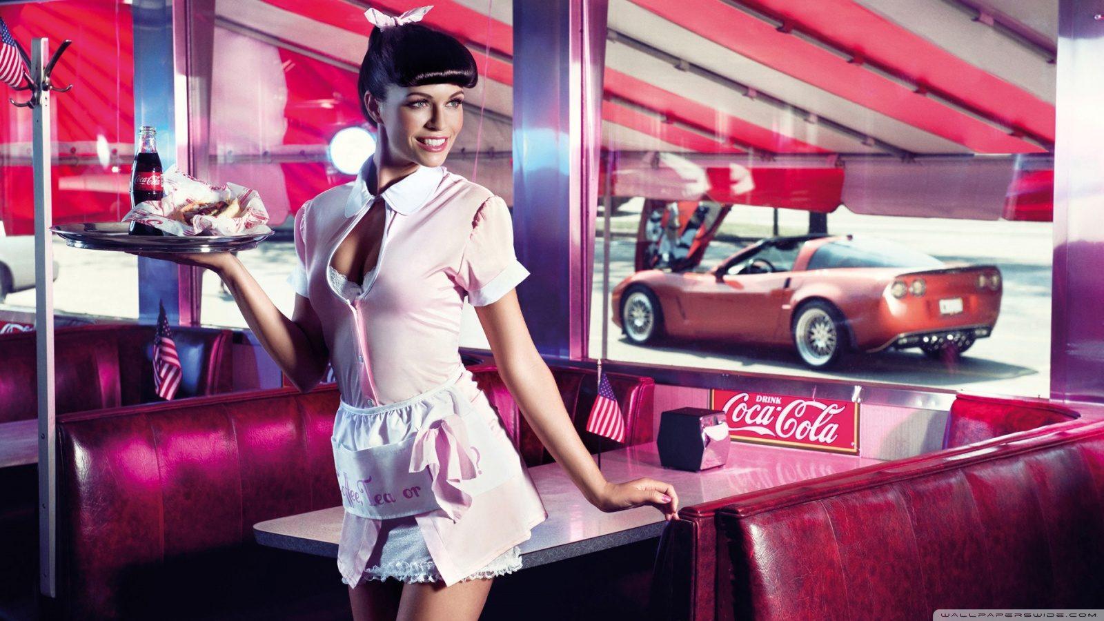 sexy_waitress-wallpaper-1600x900.jpg
