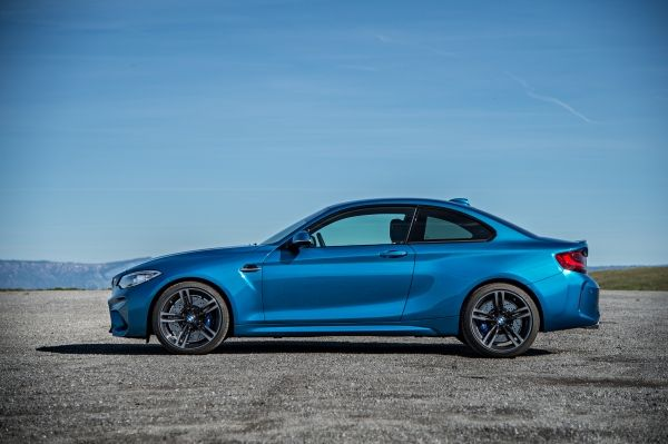 p90210232_lowres_the-new-bmw-m2-coupe